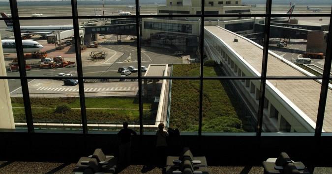 Piano nazionale aeroporti, il paradosso dei due testi in Parlamento: a quale fare riferimento?