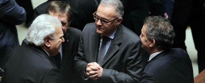 Governo Renzi, i Popolari escono: si restringe la maggioranza per Renzi
