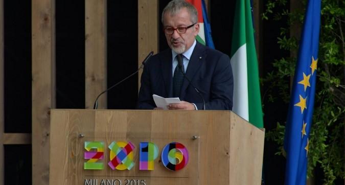 Migranti, Maroni 'chiude' Milano. Nella città di Expo bisogna arrivare già mangiati