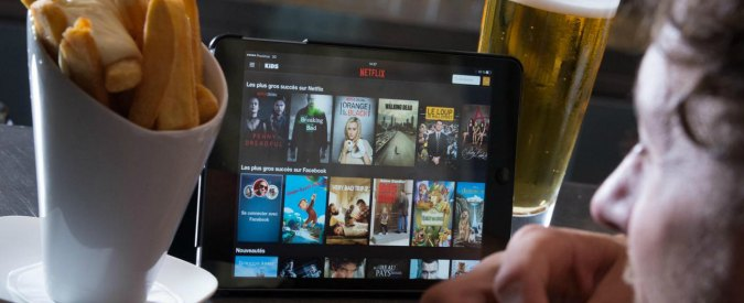 "Netflix, la tv on-demand in Italia da ottobre. ""Abbonamenti a 7,99 euro"""