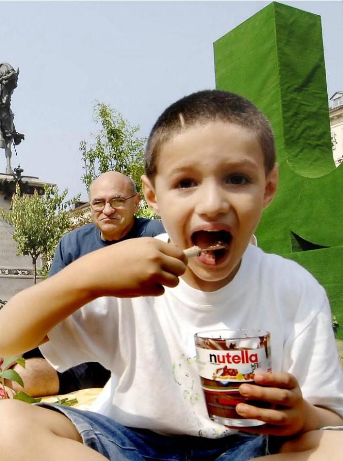 """Nutella, Greenpeace: """"È green, Ferrero è un gruppo all'avanguardia per sostenibilità ambientale"""""""