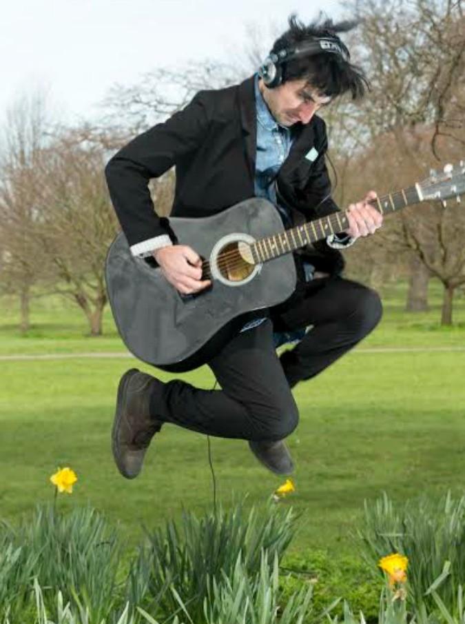 """Omid Jazi: """"Ricomincio da Londra, dove si può vivere di musica"""""""