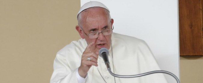 """Papa Francesco: """"Atroci persecuzioni contro i cristiani nel mondo nel silenzio di tutti"""""""