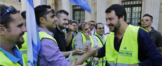 Tortura, Salvini: 'Polizia deve agire liberamente. Se uno si fa male, cazzi suoi'