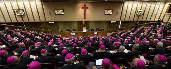 Sinodo dei vescovi, il documento: apertura a gay, divorziati e nullità nozze