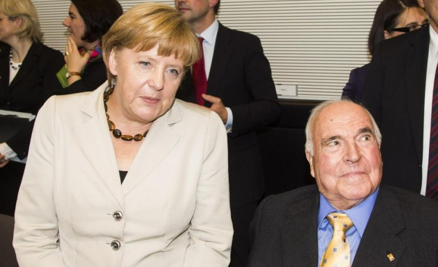 Helmut Kohl e Angela Merkel in Parlamento
