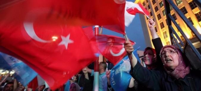 Elezioni Turchia: nonostante le bombe, vincono i curdi e la democrazia