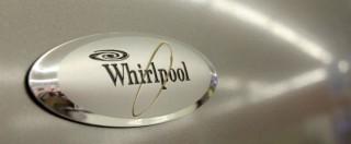 Whirlpool, c'è l'accordo con i sindacati: produzione delle lavatrici trasferita dalla Polonia e zero esuberi entro il 2021