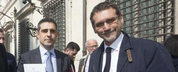 """Acqua agli occupanti abusivi a Bologna, Pizzarotti difende sindaco Pd: """"Ha mostrato umanità"""""""