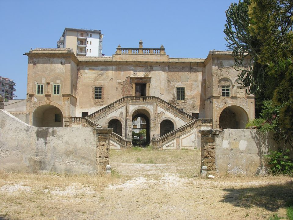 Sicilia palermo diventa sito unesco ma la villa della for Ville antiche interni