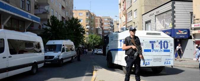 Turchia, operazione anti terrorismo contro Stato islamico e curdi: 297 arresti