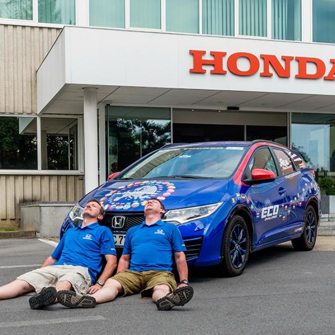 Honda Civic Tourer, record di consumo: giro d'Europa con 2,82 litri/100 km