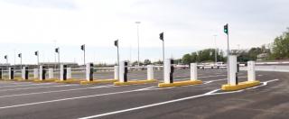 Expo, i 22.500 parcheggi sono semivuoti? Incentivo: 'Vieni in auto, entri gratis'. Ma resta il rischio penali (con soldi pubblici)