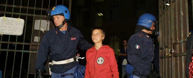 Reato di tortura: nonostante le promesse di Renzi la legge che lo introduce non c'è