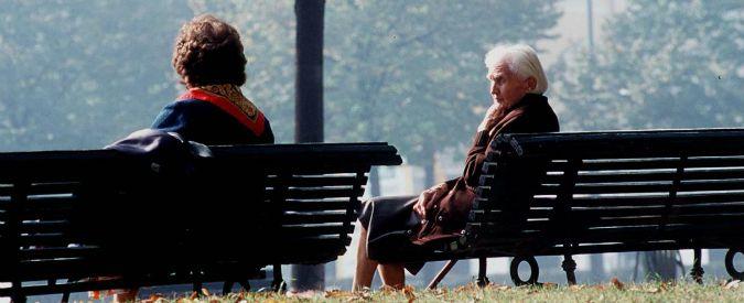 """Pensioni reversibilità, stop alla norma """"anti badanti"""": via ai rimborsi Inps per le giovani vedove"""