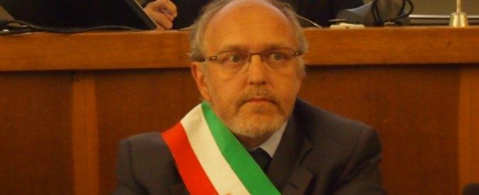 """Ferrara, per dirigere la Holding non serve laurea. M5S: """"Bando ad personam?"""""""