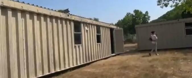 """Migranti, a Pisa accoglienza in container (al sole). Il Comune: """"Prefetto ci ripensi"""""""