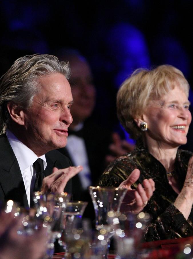 Michael Douglas, morta di tumore la madre Diana Dill. Aveva 92 anni