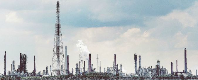 Energia, la grande guerra delle poltrone. E il Pd esce sempre vincitore