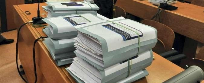 Senato, in commissione via libera al ritorno della carta nei processi
