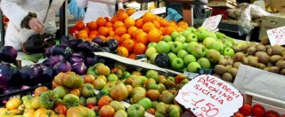 Camorra, monopolio sui camion della frutta. E il pizzo lo pagano i consumatori
