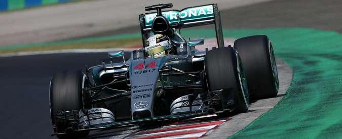 Formula 1 Gp Ungheria, Hamilton punta al record trionfi a Hungaroring. Minuto di silenzio per Bianchi