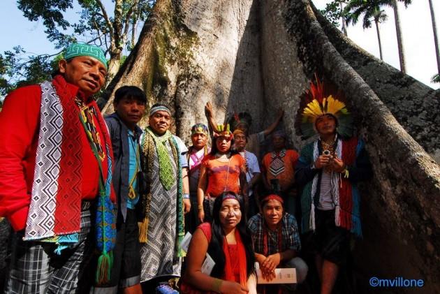 Delegazione di Sciamani Huni Kuin in visita ufficiale a Rio de Janeiro. Jardim Botanico