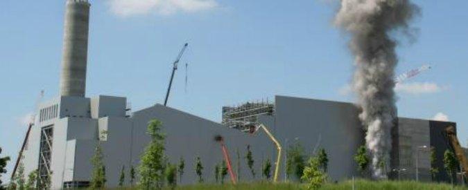 """Smaltimento rifiuti, Regioni in rivolta: """"Non costruiremo nuovi inceneritori"""""""