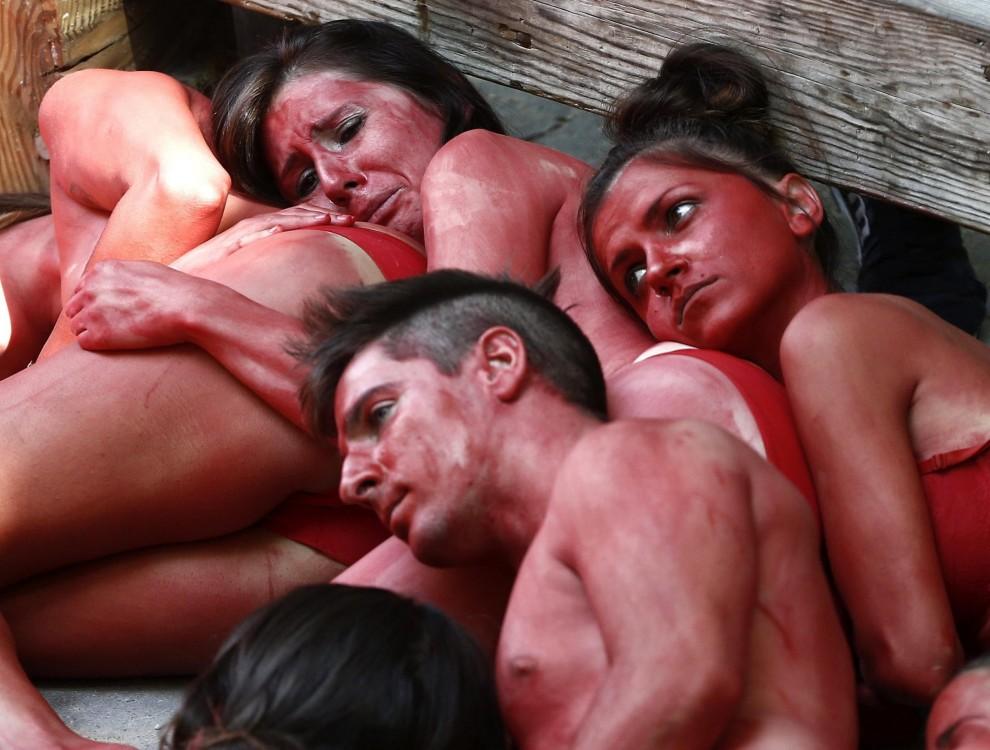 Spagna, protesta contro la festa di San Firmino a Pamplona