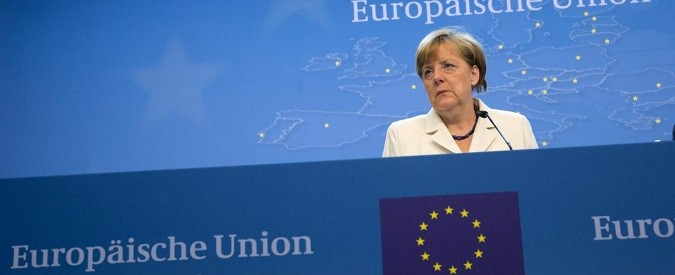 Euro, dentro o fuori. Gli italiani si uniscano contro le catene di Bruxelles