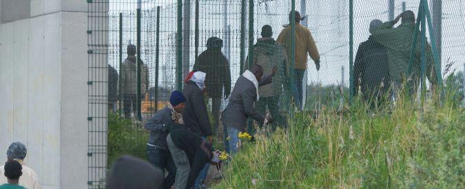 Migranti: da Lampedusa a Calais, cercando l'Europa