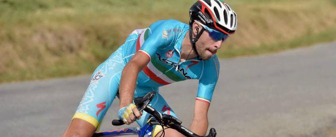 Giro d'Italia, favoloso Vincenzo Nibali: stacca Chavez e si prende la maglia rosa