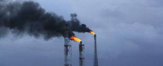 """Brindisi, l'Arpa accusa: """"Incremento di benzene nell'aria al petrolchimico"""""""