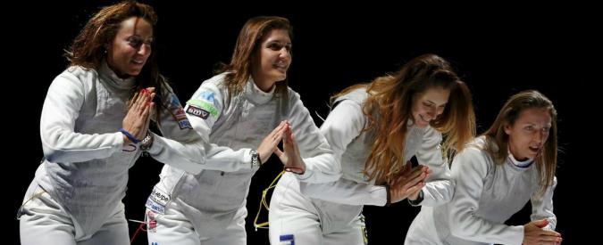 Scherma, medaglia d'oro per il fioretto maschile e femminile a squadre a Mosca