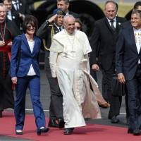 Durerà 8 giorni la permanenza del Papa argentino (Flores)