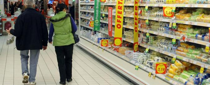 """Fiducia, Istat: """"A luglio scivola quella dei consumatori, lieve calo per imprese"""""""