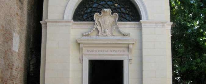 """Isis, """"la tomba di Dante Alighieri a Ravenna è tra i possibili obiettivi in Italia"""""""