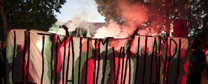Torino, campo rom incendiato dopo finto stupro: 6 condannati, tra loro ultras Juve