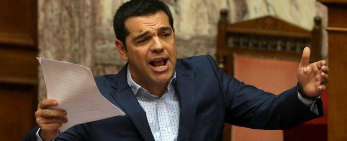 """Grecia, Syriza conferma fiducia a Tsipras. Che attacca: """"Avevamo piano B, ma per difenderci"""""""