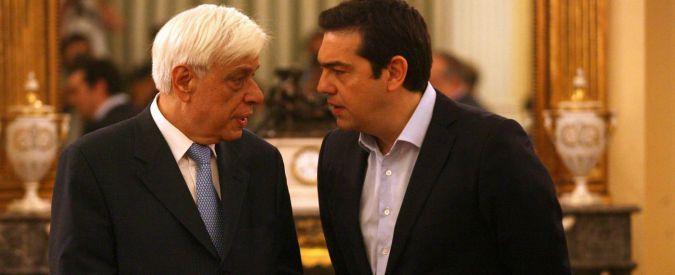 Crisi Grecia, nuova sfida in Parlamento per Tsipras. Migliaia di persone in piazza