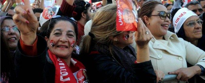 Tunisia, governo diviso tra emergenza terrorismo e conflitti sociali interni