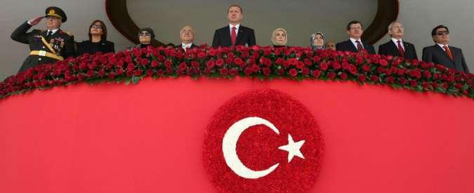 Turchia, il miracolo di Erdogan sta finendo: addio al boom economico