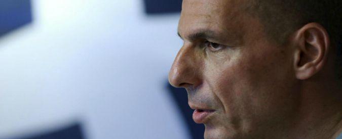 """Grecia, Varoufakis: """"Mia madre era terrorista di destra, conobbe mio padre spiandolo"""""""