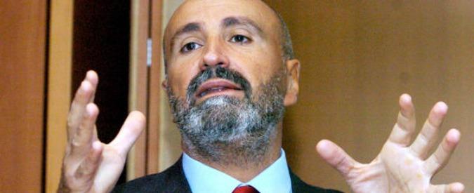 Traghetti, Onorato chiude l'affare Tirrenia: è al 100 per cento. Informata l'Antitrust