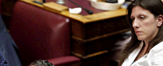 Grecia: chi è Zoì Kostantopoulou, pasionaria di Syriza che può bloccare il memorandum di Bruxelles