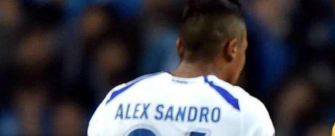 Calciomercato Juventus, intesa raggiunta per Alex Sandro: 22 milioni più bonus