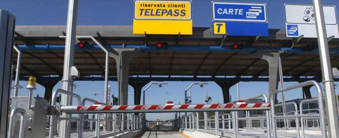 Autostrade, dal primo gennaio 2016 pedaggi più cari dello 0,86%. Milano-Torino: +6,50%