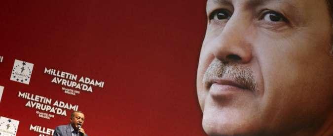 """Attentati Turchia, analista: """"La strategia di Erdogan è demonizzare il Pkk per riconquistare la maggioranza assoluta"""""""