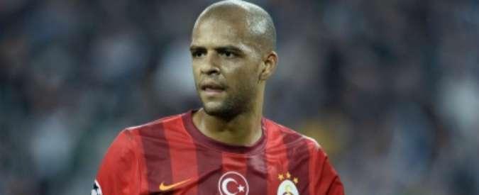 Calciomercato Inter, niente Felipe Melo. Il giocatore rinnova col Galatasaray