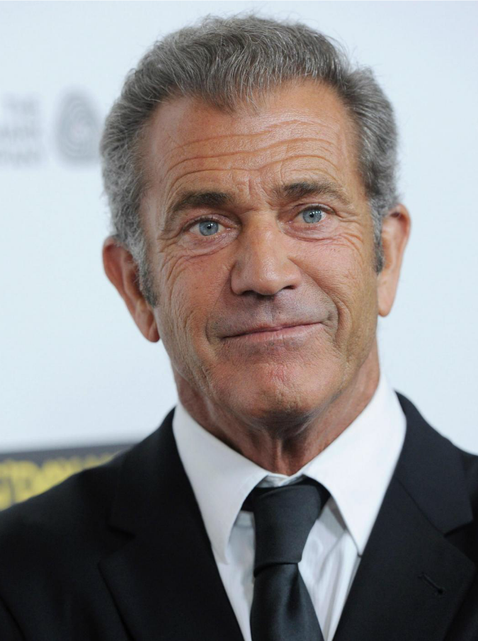 """Mel Gibson denunciato per aggressione a una fotografa. Lei: """"Mi ha sputato in faccia"""""""